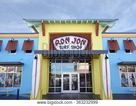 Myrtle Beach,sc/usa - 1-09-2020: Ron Jon Surf Shop At Broadway At The Beach, A Popular Tourist Desti