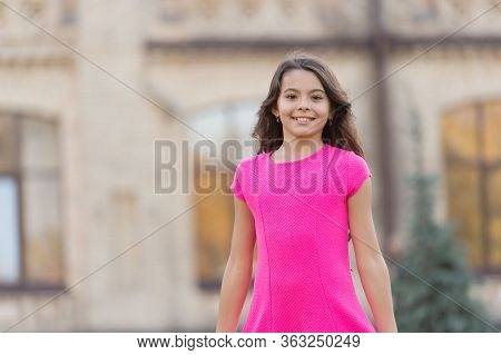 Easy Breezy Summer Look. Happy Girl With Beauty Look. Vogue Look Of Small Fashion Model. Beauty And