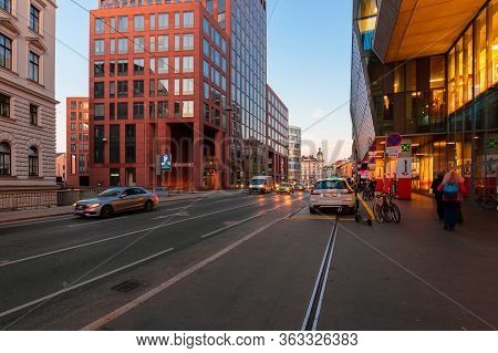 Vienna, Austria - Oct 17, 2019: Modern Architecture Of Old Town In The Evening. Great Scenery In Wei