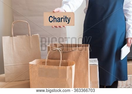 Worker Delivery Service Packing Bag Box Apron Packer Card