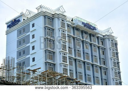 Pasay, Ph - July 15 - Microtel Inn And Suites By Wyndham Mall Of Asia Facade On July 15, 2018 In Pas