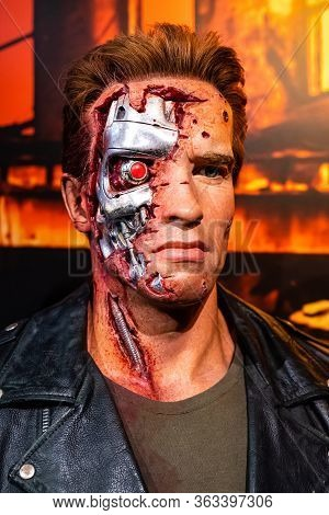 London, England, Uk - January 2, 2020: Waxwork Statues Of Arnold Schwarzenegger Created By Madam Tus