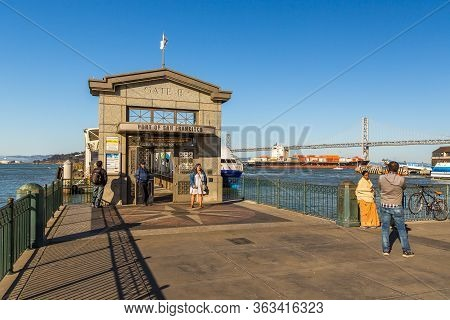 San Francisco, California, Usa- 07 June 2015: People At Gate B In The Port Of San Francisco., Golden