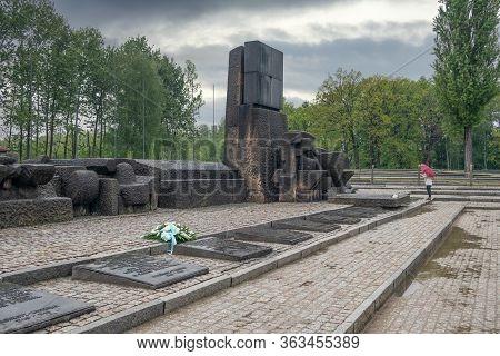 Auschwitz-birkenau, Poland - May 15, 2019: Memorial Monument At Location Former Gas Chambers Ww2 Naz