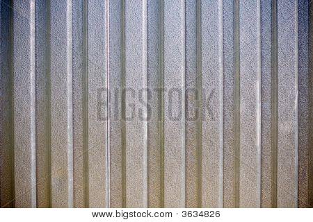 The Metallic Gate