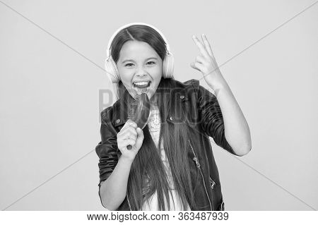 Entertain Herself By Being Creative. Musical Education. Singing Hairbrush Mic. Recording Studio. Bea