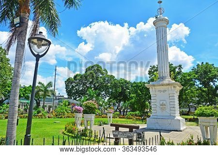 Cebu, Ph - June 17 - Plaza Independencia Miguel Lopez De Legazpi Monument On June 17, 2017 In Cebu,