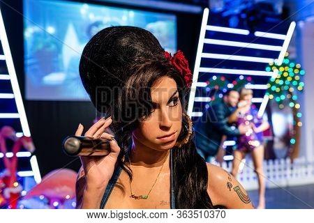 London, England, Uk - January 2, 2020: Waxwork Statues Of Amy Winehouse,  Madame Tussauds Waxwork Mu