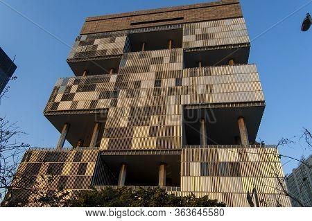 Rio De Janeiro, Rj, Brazil - June 21, 2006: Facade The Building Of The State-owned Petrobras A Landm