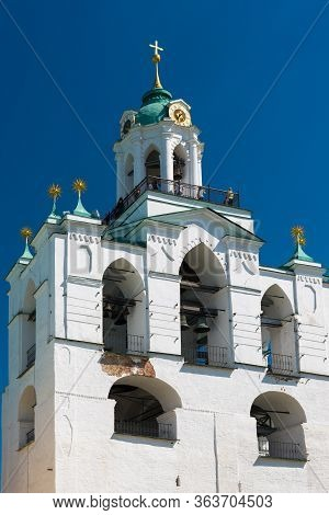 Belfry Tower Of The Spaso-preobrazhensky Monastery. Yaroslavl, Russia.