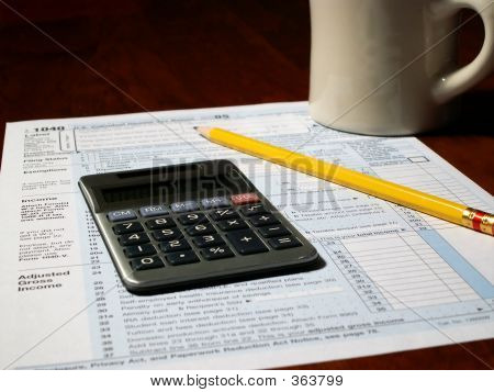 Formulário de imposto calculadora caneca 2