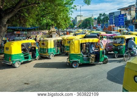 Tuk Tuks In The Streets Of New Delhi, India