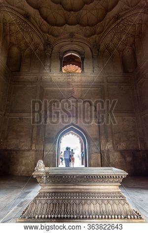Delhi / India - September 21, 2019: Grave Of Safdarjung At Safdarjung's Tomb, Mughal Style Mausoleum