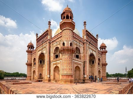 Delhi / India - September 21, 2019: Safdarjung's Tomb, Mughal Style Mausoleum Built In 1754 In New D