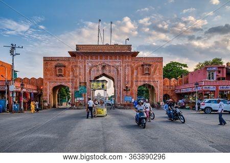 Man Gate In Jaipur Pink City In Rajasthan, India