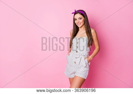 Portrait Of Her She Nice-looking Attractive Lovely Cute Winsome Sweet Lovable Cheerful Cheery Straig