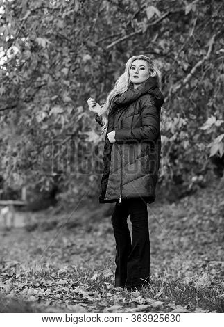 Professional Stylist Advice. Girl Fashionable Blonde Walk In Autumn Park. Woman Wear Warm Jacket. Ja