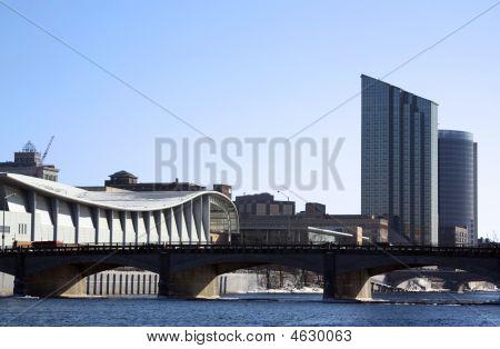 City Sky Line