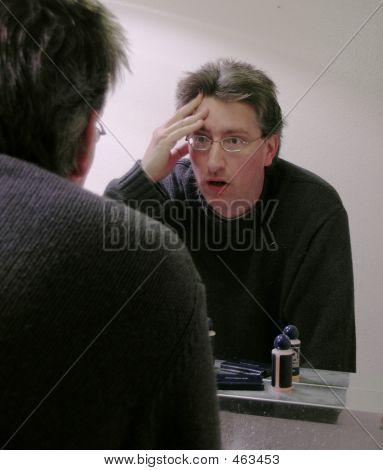 Mirror Despair