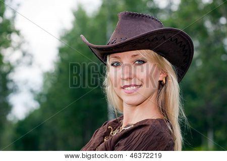 Pretty girl in a cowboy hat