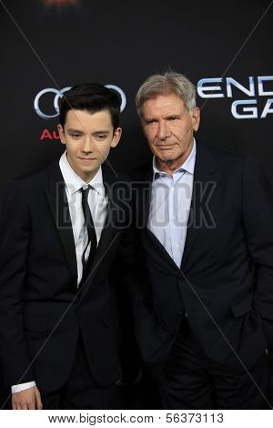 LOS ANGELES - OCT 28:  Asa Butterfield, Harrison Ford at the