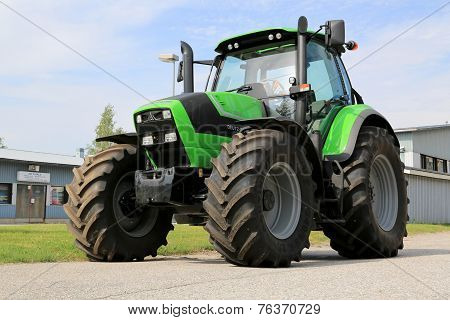 Deutz-Fahr 6180 P Agricultural Tractor