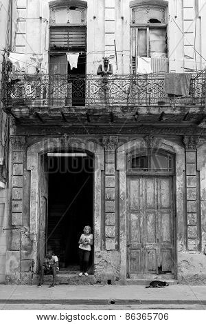 Havana - February 17: Unkown Woman Staying On Front Of Her House On February 17, 2015 In Havana. Hav