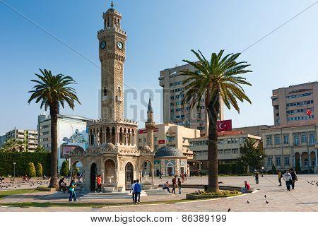 Izmir, Konak Square and Clock Tower