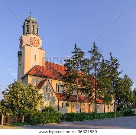 Church In The City Dobzhen Wielki, Polska