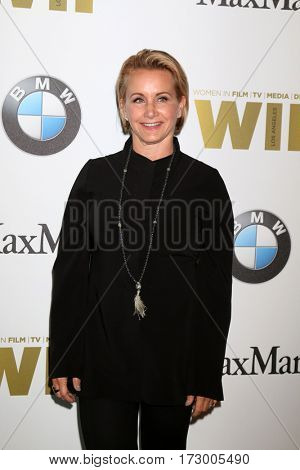 LOS ANGELES - JUN 15:  Gabrielle Carteris at the Women In Film 2016 Crystal and Lucy Awards at the Beverly Hilton Hotel on June 15, 2016 in Beverly Hills, CA