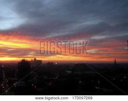 pink sky at night, cirrus clouds at sunset