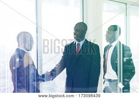 Entrepreneur handshake deal