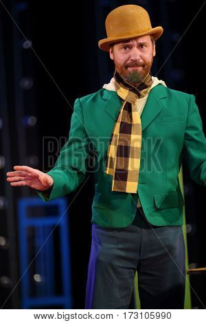 MOSCOW - OCT 19, 2016: Actor in hat during Premium class Performance in Modern theater