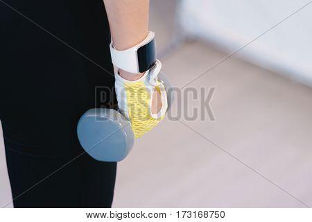Girl Hand Dumbbell
