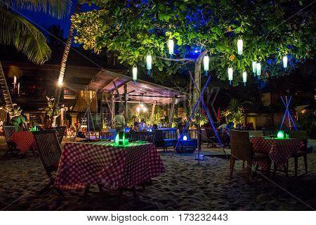 Koh Phangan thailand 26.09.2015 - Dinner underneath stars palm trees beautiful bar restaurant