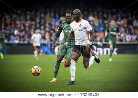 VALENCIA, SPAIN - FEBRUARY 19: (R) Mangala (L) Williams during La Liga soccer match between Valencia CF and CD Athletic Club Bilbao at Mestalla Stadium on February 19, 2017 in Valencia, Spain
