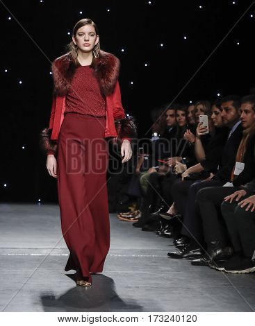 New York Fashion Week Fw 2017 - Oday Shakar Collection