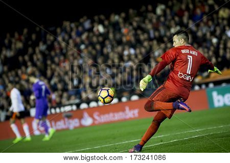 VALENCIA, SPAIN - FEBRUARY 22: Diego Alves during La Liga soccer match between Valencia CF and Real Madrid at Mestalla Stadium on February 22, 2017 in Valencia, Spain