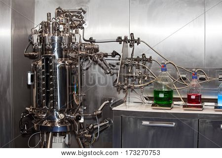 Pilot fermenter system, lab equipment. Sterilizable-in-place systems for pilot through production applications