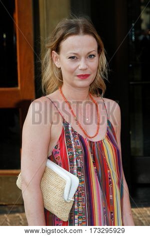 NEW YORK-MAY 24: Actress Samantha Mathis attends the New York screening of 'Beginners' at Tribeca Grand Hotel on May 24, 2011 in New York City.