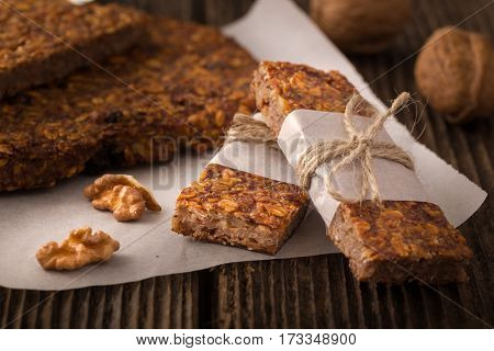 Cereal Bars With Raisins And Nuts