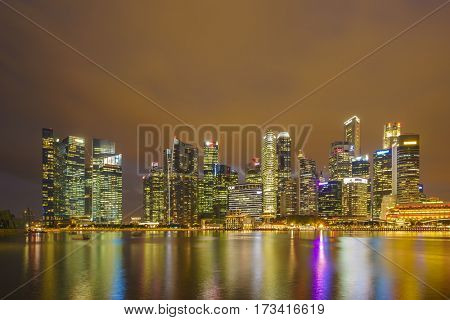 SINGAPORE, FEBRUARY 09 2017 : Singapore skyline and view of the financial district, Singapore on February 09 2017