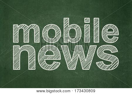 News concept: text Mobile News on Green chalkboard background