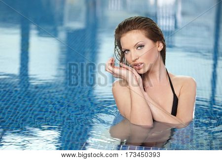Close up Young woman in the swimming pool