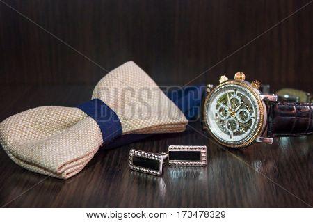 Men's butterfly watch and cufflinks set for wedding