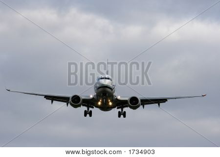 Daylight Jet Landing