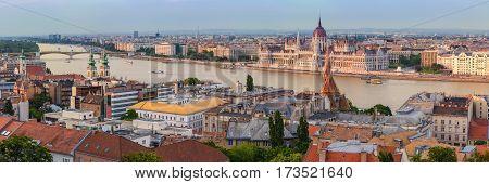 Budapest city skyline and Hungalian Parliament, Budapest, Hungary