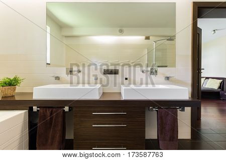 Master Bathroom With Two Sinks And Mirror