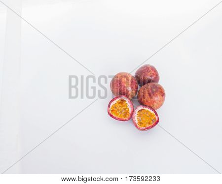 Passion Fruit Fruits are rich in nutrients high medicinal properties.