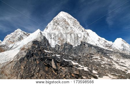 View of Mount Pumo Ri and Kala Patthar - way to Everest base camp - Nepal